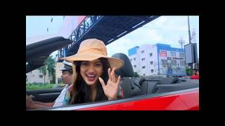 Bigg Boss Oviya spotted shopping at OMR Chennai in open car |viral video|