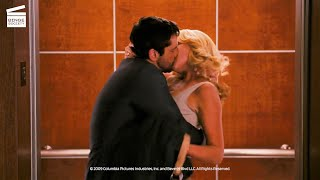The Ugly Truth: Elevator kiss HD CLIP