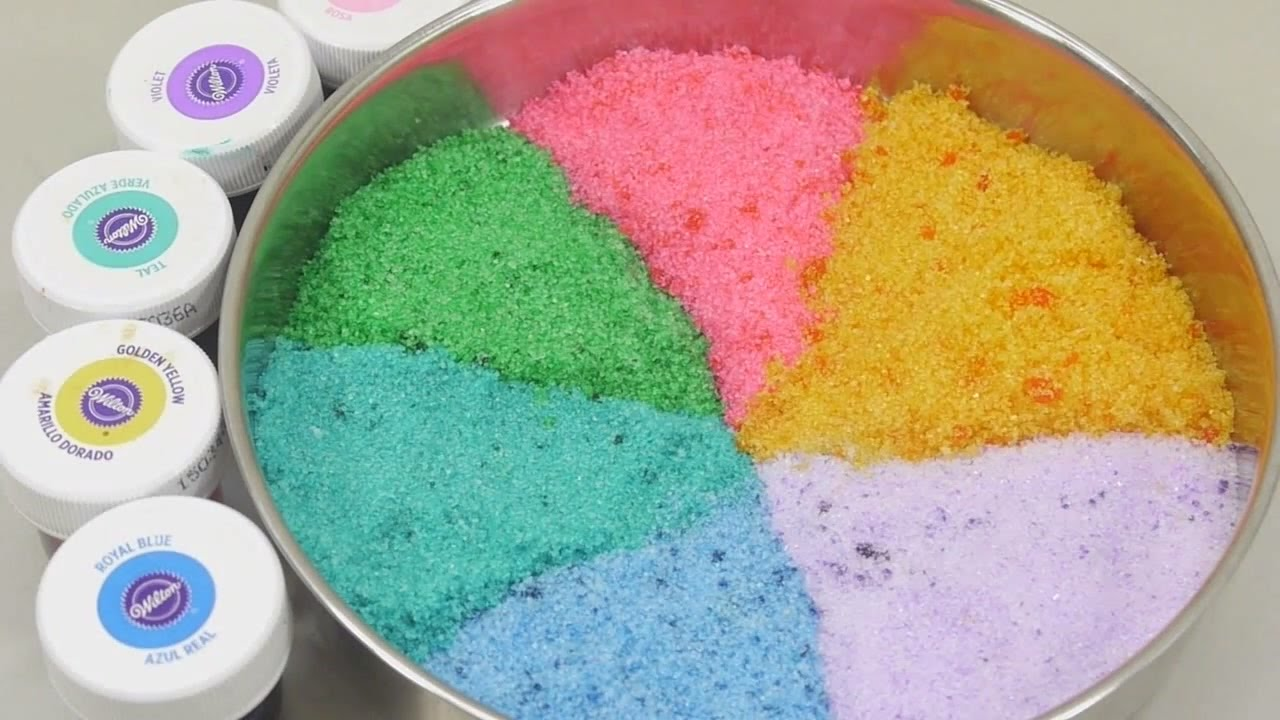 Как сделать ароматизированный сахар. Представьте печенье, посыпанное клубничным ванильным сахаром. Представьте сахар со вкусом базилика,