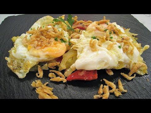 Cómetelo |  Huevos fritos con patatas y camarones