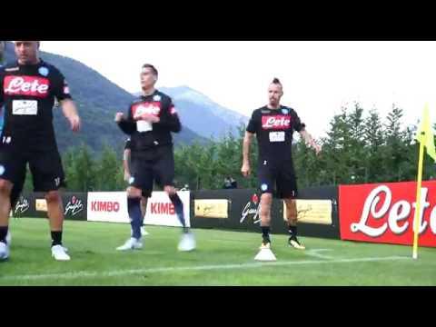 VIDEO DI UN'ORA - Ecco il primo allenamento del Napoli a Dimaro