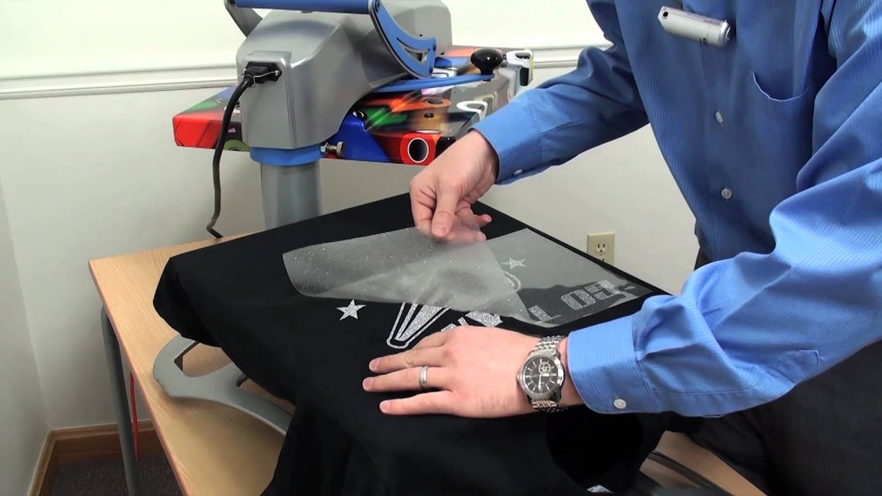 Cad Cut 174 Glitter Flake Heat Transfer Vinyl Youtube