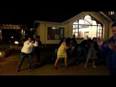 Guest Dancing on Gujarati Songs in Kerala Tour | Heena Tours.