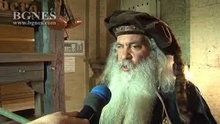 """В Националната библиотека """"Св. св. Кирил и Методий"""" показаха как Гутенберг е отпечатал Библията"""