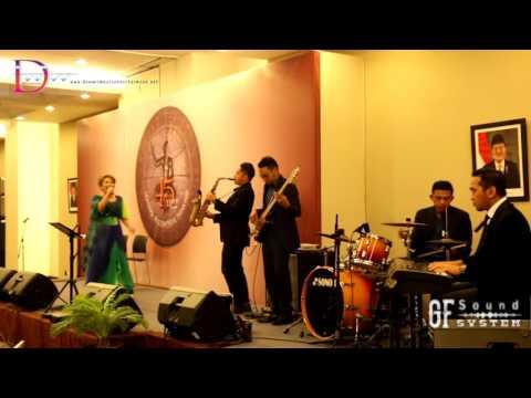 Joy tobing terimakasih cinta  'janesbi band