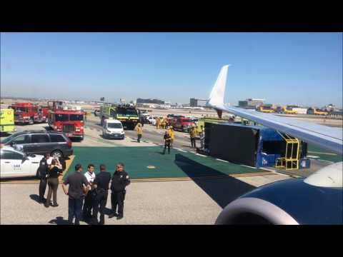 Aeromexico Plane Collides With Overturned Truck at Los Angeles Airport