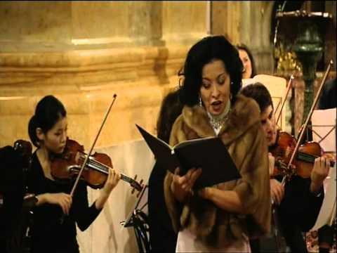 W A Mozart - Jesus Dulcis Memoriam - Akiko Nakajima, Niels Muus