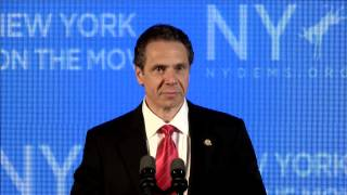Governor Andrew Cuomo addresses the 2014 New York Democratic Convention