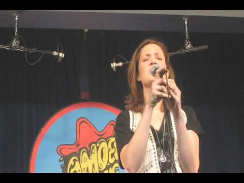 mandy moore - fern dell @ amoeba records mp3