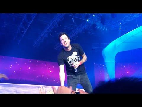 Simple Plan - Astronaut Live in Jakarta 2013 - ANTV Viva La Vida
