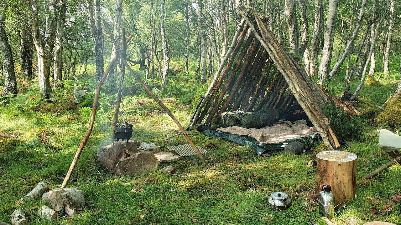 Bushcraft Shelter Build - Campfire Bread in a Dutch Oven