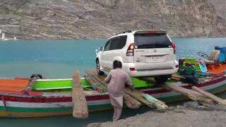 Crossing Attabad Lake - DestinationPak.com
