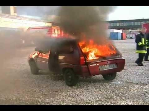Prymos Feuerlöschspray Feuerlöscher LKW PKW Fahrzeuge - Anwendungsbeispiel Fahrzeugbrand