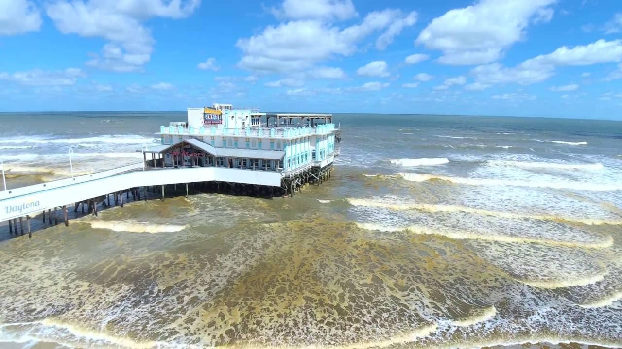 Hurricane Matthew 2016 Daytona Beach Pier Joe S Crab Shack