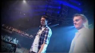 SVENSTRUP & VENDELBOE - DYBT VAND (FEAT. NADIA MALM) - LIVE DDJA 2011