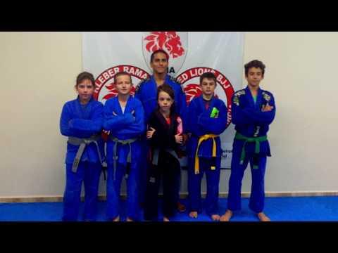 Os atletas da  equipe Red Lion´s de Guaraniaçu estão treinando forte para o Brasileiro de jiujutsu