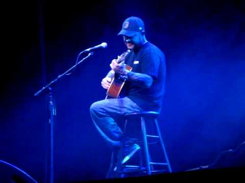 Aaron Lewis (Staind) Borgata - Music Box - Atlantic City 14/2/09 'Let It Out'