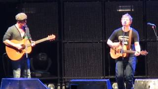 Ed Sheeran and Foy Vance - Guiding Light (Madison Square Garden)