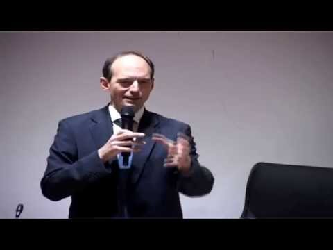 """UIR - Conférence de la Rabat Business School sous le thème """" La Vérité """""""