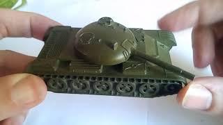 Огляд на іграшку СРСР Танк Т-54