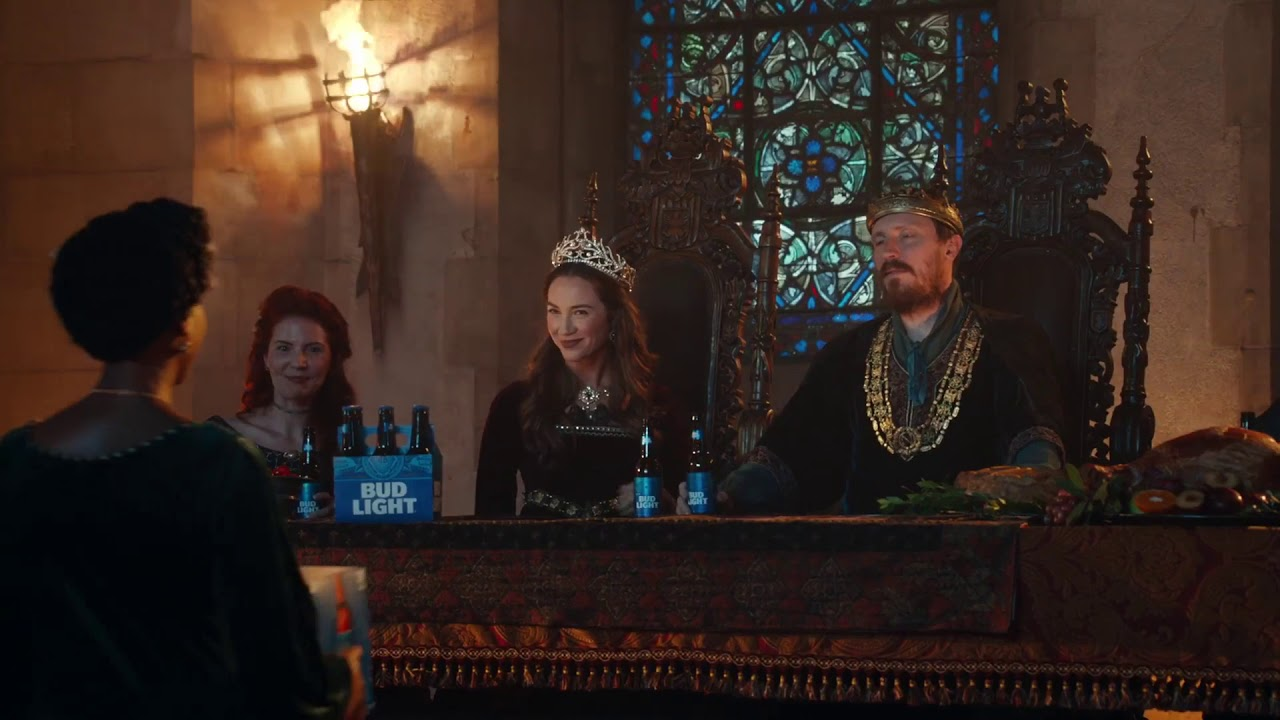 Super Bowl 2019 Game Of Thrones Appears In A Bud Light