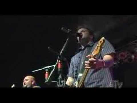 Bowling for Soup - High School Never Ends LIVE