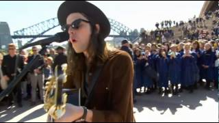 James Bay - If You Ever Want To Be In Love (Acoustic) @ Sydney Opera House (Forecourt) 14/08/2015