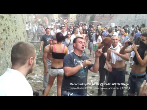 EXIT FESTIVAL 2013 - RADIO AS FM STAGE - Zaspao covek - 2 DEO + FULL VIDEO
