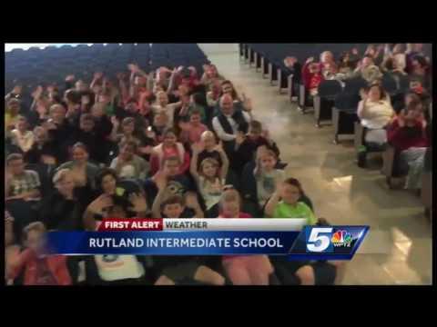Tom Messner visits Rutland Intermediate School