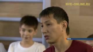 В Ленске секцию мас-рестлинга проводит учитель физкультуры коррекционной школы