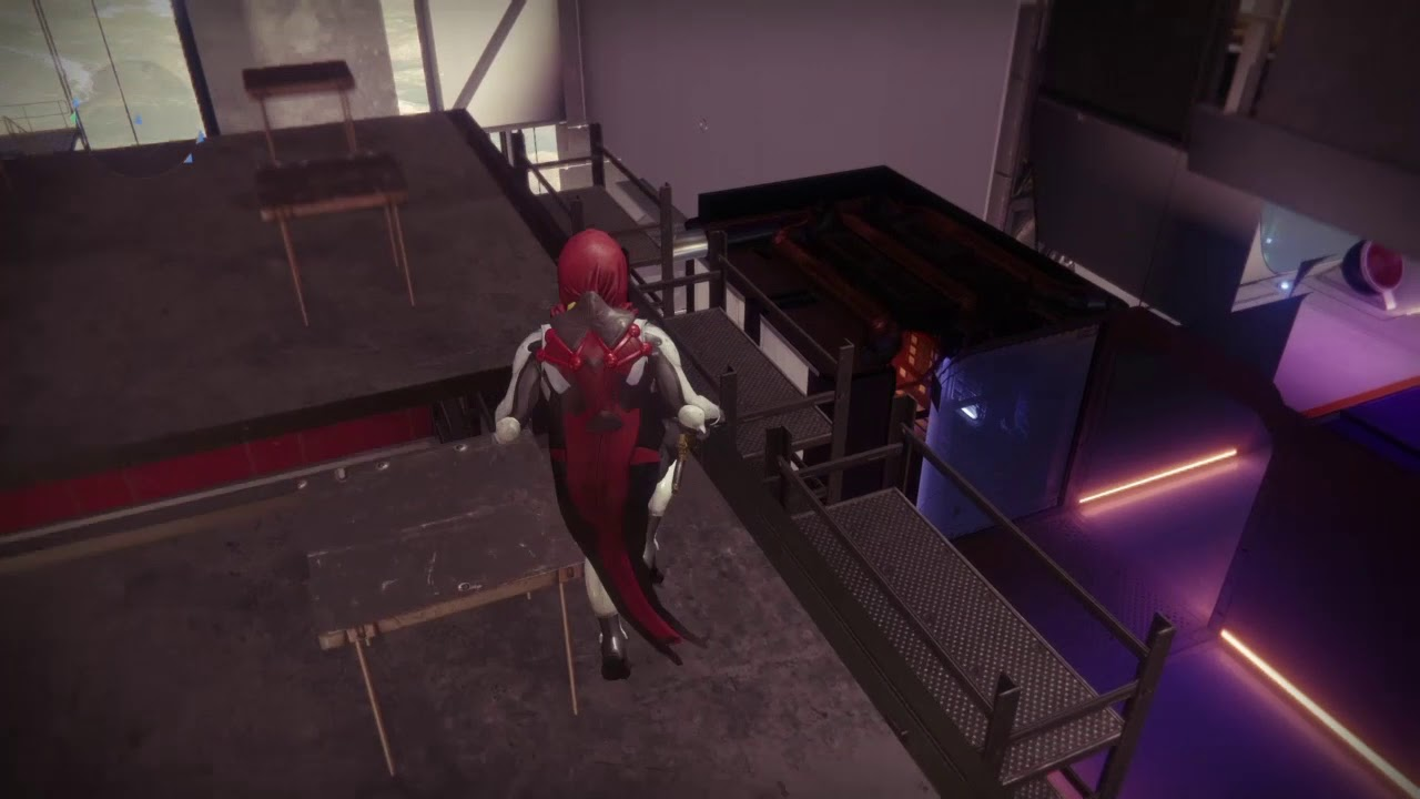 DESTINY 2 TOWER GLITCH AND POSSIBLE HIDDEN CHEST?