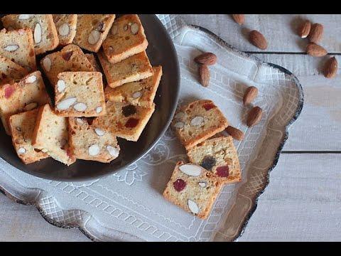 Biscuits croquants aux amandes / فقاص اللوز و الفواكه معسلة