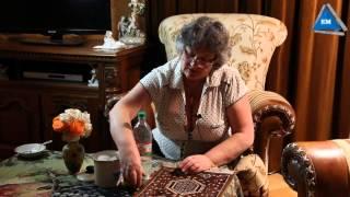 видео Как убрать запах с ковра