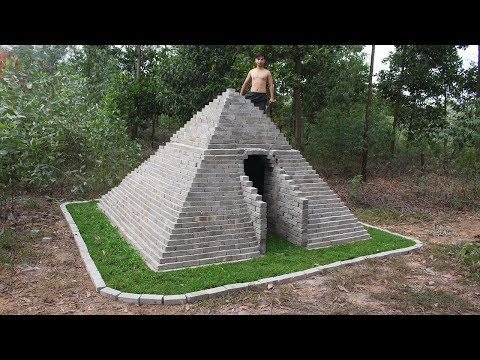Building The Pyramids Of Egyptian In The Forest