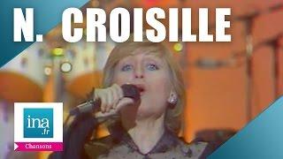 """Nicole Croisille """"Il était une fois des gens heureux"""" (live) - Archive vidéo INA"""