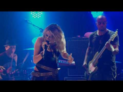 Miley Cyrus - Who Owns My Heart (Live @ House Of Blues ) HD