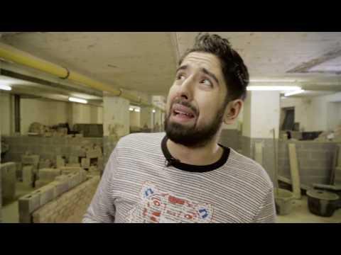Download Youtube: Les clichés de la Construction - Abdel en vrai