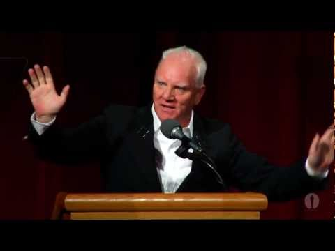 Malcolm McDowell Shares His Stanley Kubrick Stories