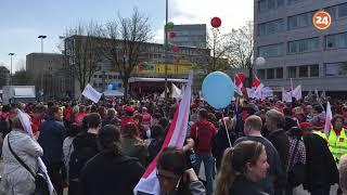 Zweiter Verdi-Streik in Dortmund 2018: Tausende Gewerkschafter versammeln sich auf dem Südwall