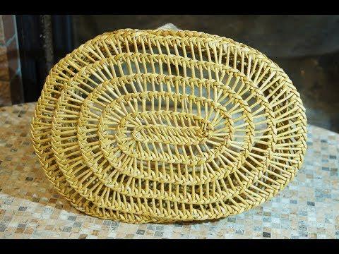 "Weaving an oval bottomed basket in ""burkina faso"" style"