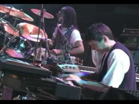 Chic Live At The Budokan Feat  Slash & Sister Sledge recital completo AVI