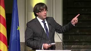 TV3 - Divendres - El perfil de Carles Puigdemont i Marcela Topor Declaración de independencia de Cataluña (Discurso de Carles Puigdemont) Catalonia