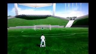 Astuce pour réaliser un coup du sombrero, une virgule et Un arc-en-ciel ! FIFA 13