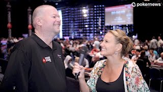 Raymond van Barneveld plays Poker-Darts