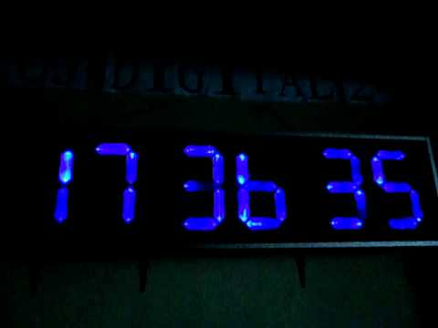 Reloj digital gigante 24 horas de pared youtube - Reloj gigante pared ...