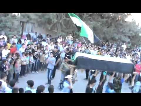 خربة غزالة: جنازة الشهيدة منى علي الشبلاق جـ1 26-5-2012 thumbnail