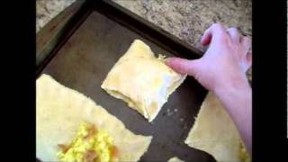 Egg And Bacon Breakfast Pockets