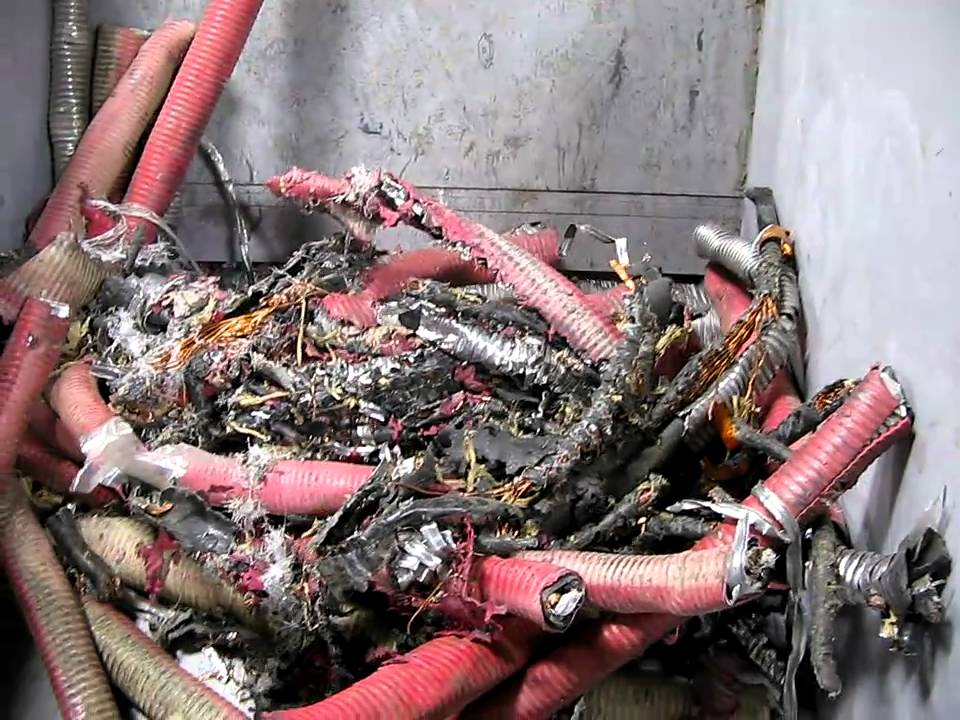 Copper Recovery - WAGNER WS30 Shredding VERY Large TECK Cable ...