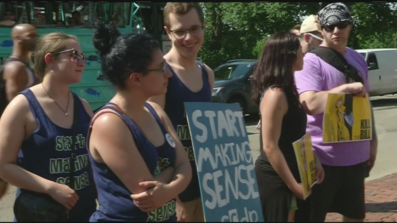 marijuana-activists-rally-against-changes-to-marijuana-laws