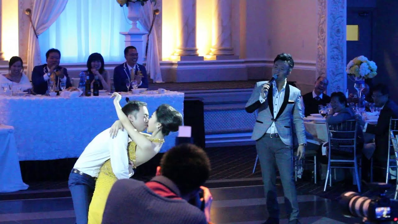 Best Wedding Kissing Game- Hosted By Funniest MC